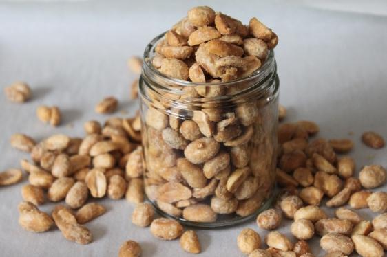 vegan candied peanuts